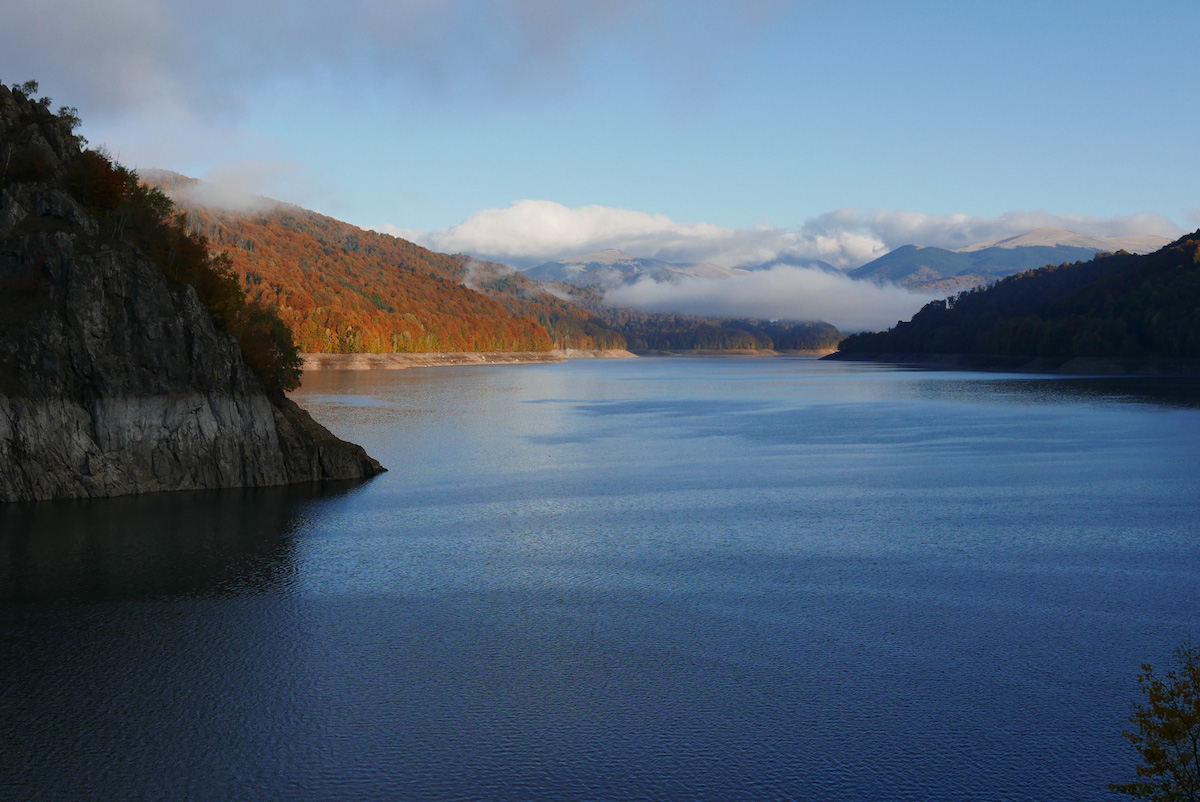 Lake Vidraru
